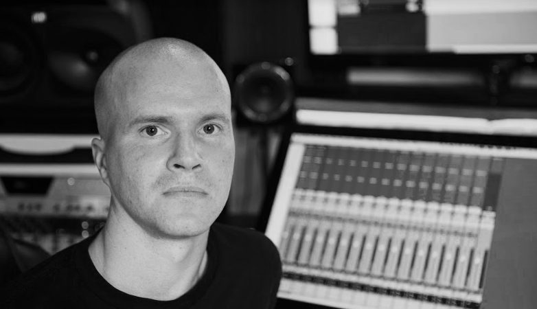 Dean Corrie Audio – Recording, Mixing, Mastering Engineer